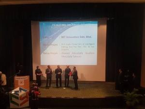 En Razis Receiving Techno Certificate from YBH MOSTI Minister 2